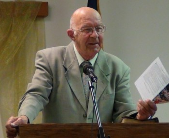 A picture of Pastor Max D. Younce, the Author of the Bible Question and Answer Website, a Ministry of Heritage Baptist Bible Church.